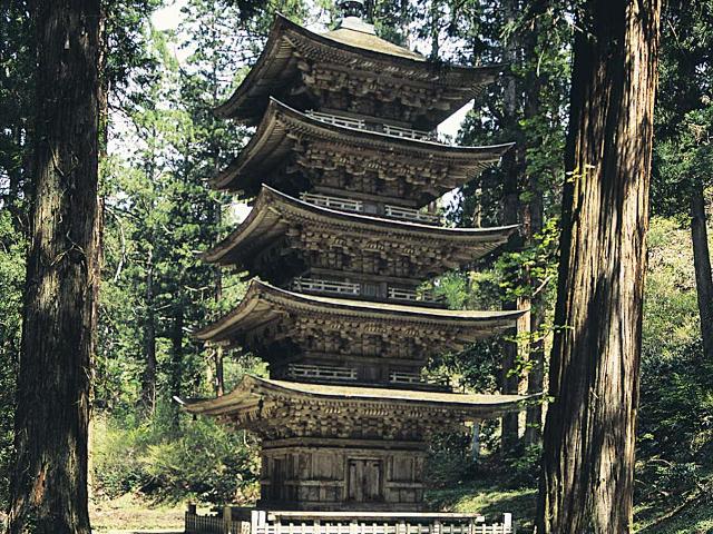歴史薫る修行の山「羽黒山」