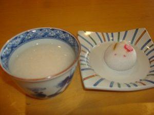甘酒・菓子(DS購入提供)